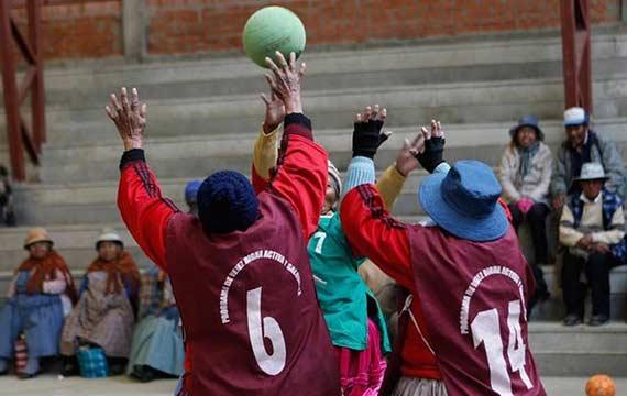 aymara-handball-players-2