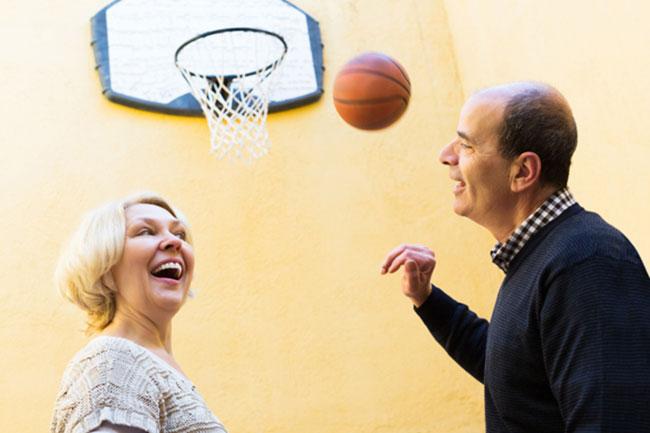 senior-basketball
