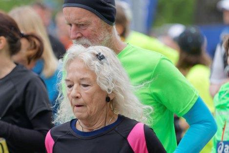 seniors-running