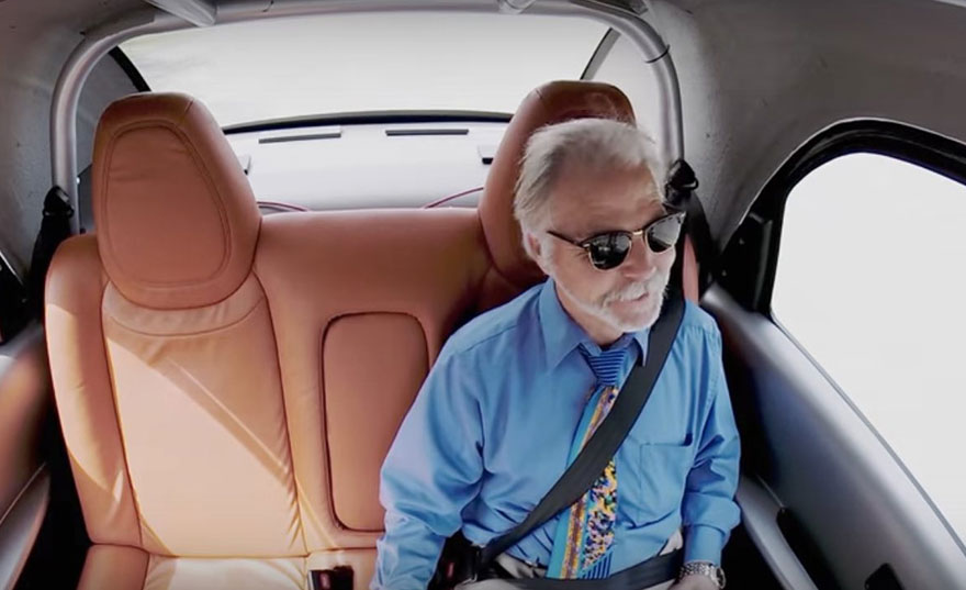 senior-in-driverless-car