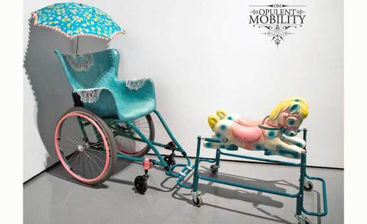 opulent-mobility-modern-carriage.ft2