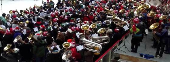merry-tuba-christmas-2