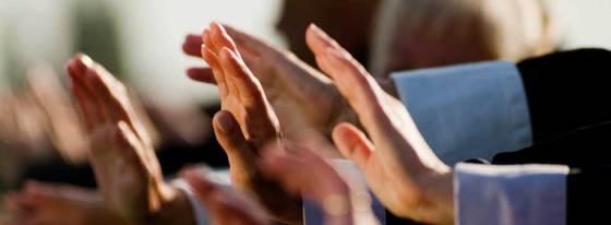 seniors-hands-doing-tai-chi